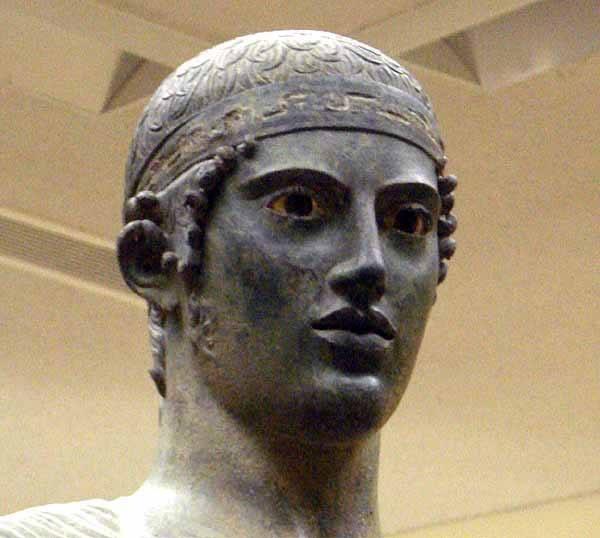 L' Auriga di Delfi - bronzo originale del 475 a.C.