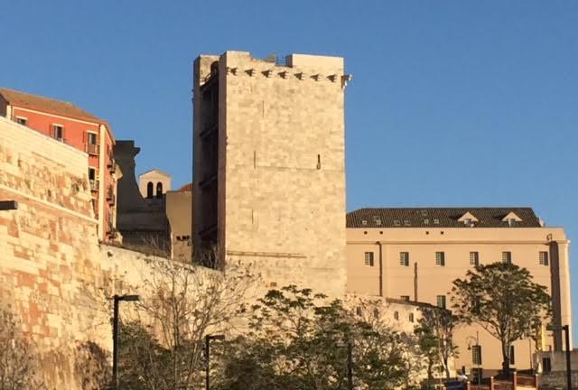 torre-elefante-e-universita